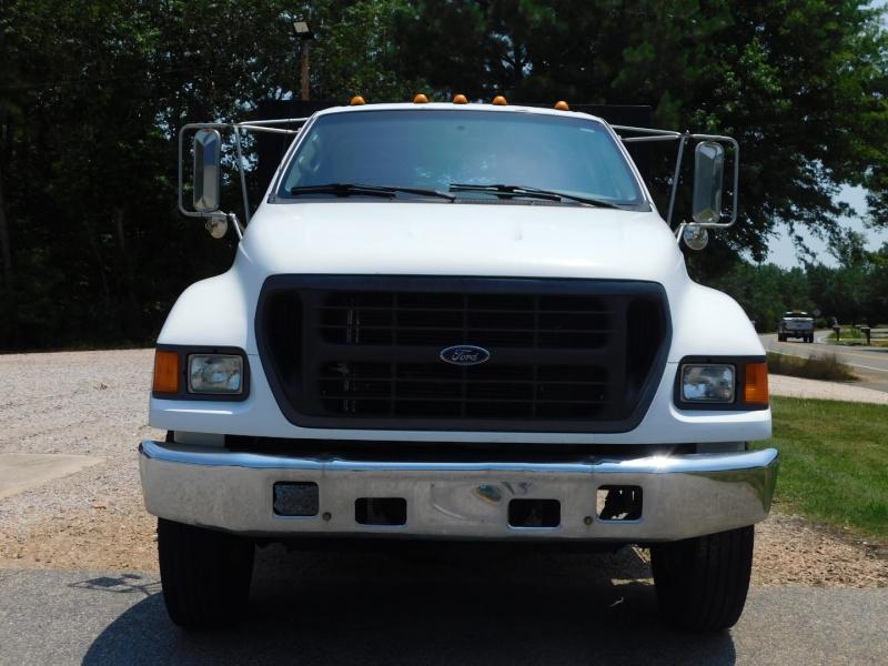 Ford Super Duty F-650 2000 price $12,999