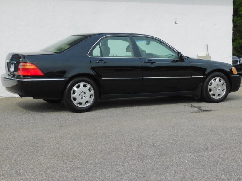 Acura RL 2000 price $5,699