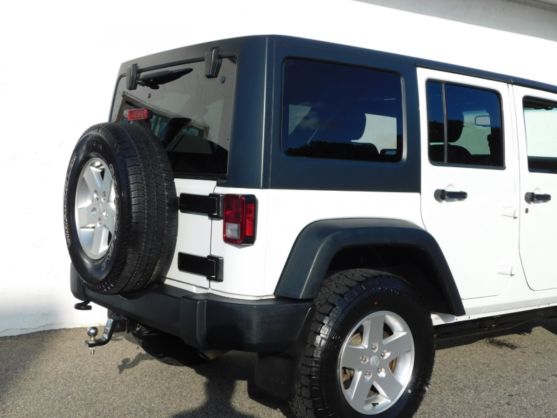 Jeep Wrangler Unlimited 2013 price $21,999