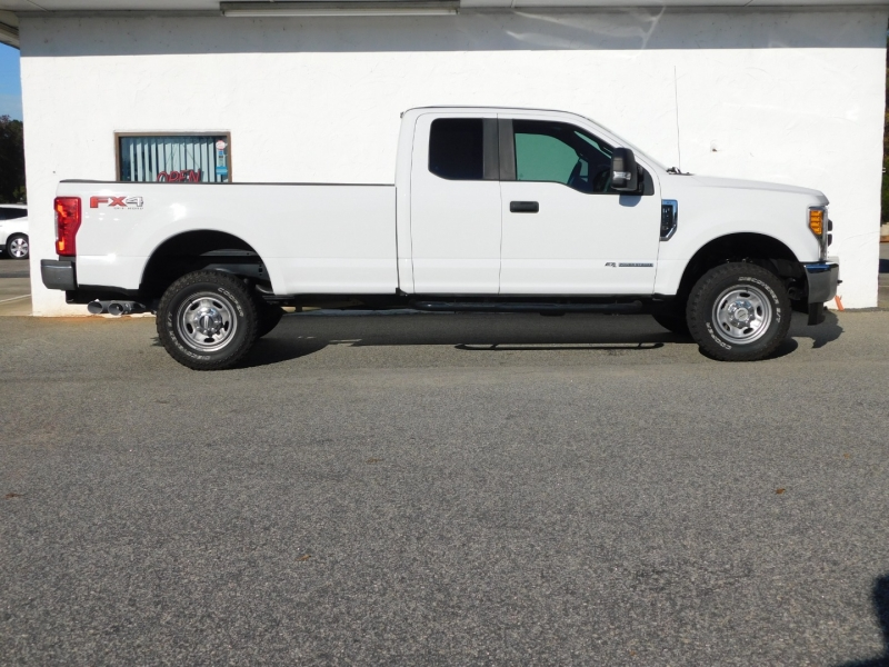Ford Super Duty F-250 SRW 2017 price $31,900