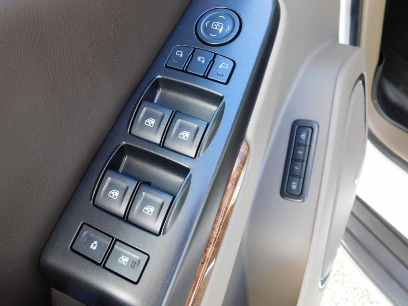 Chevrolet Tahoe 2016 price $42,700