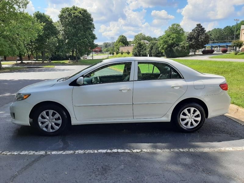 Toyota Corolla 2009 price $6,800 Cash