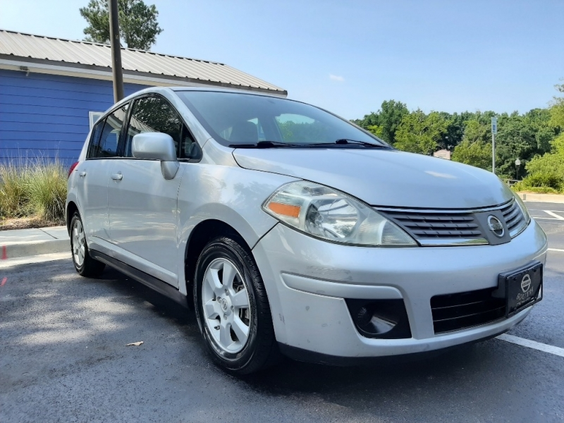 Nissan Versa 2009 price $5,200