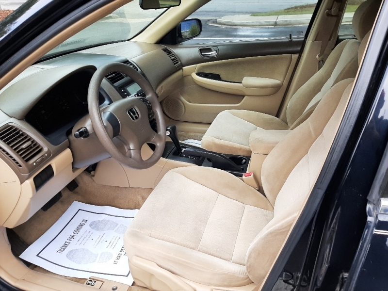 Honda Accord 2005 price $5,800 Cash