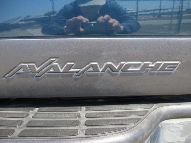 CHEVROLET AVALANCHE 2005 price $8,450