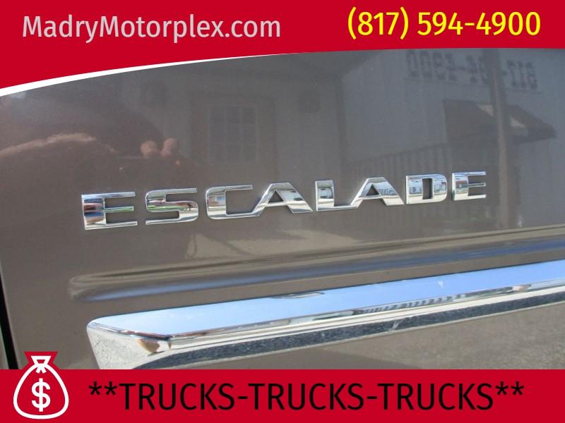 CADILLAC ESCALADE 2011 price $17,000