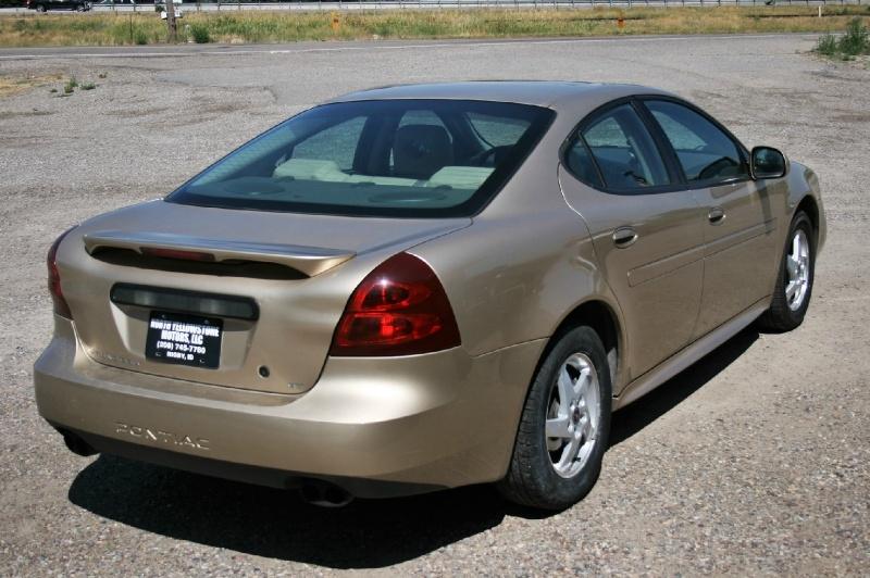 Pontiac Grand Prix 2004 price $2,299