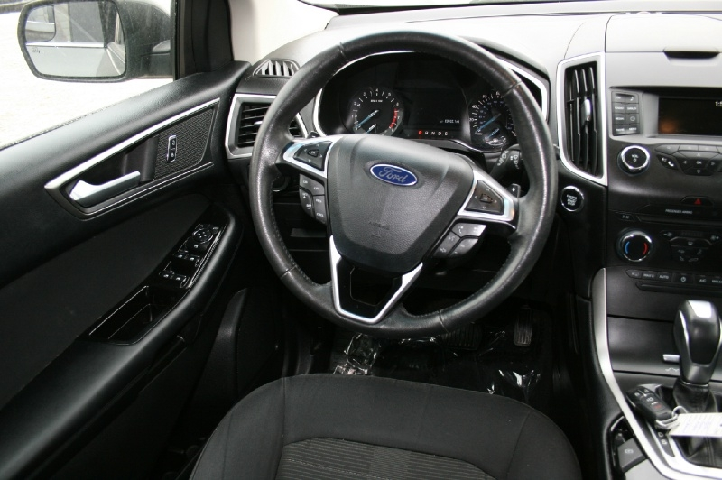Ford Edge 2015 price $11,999