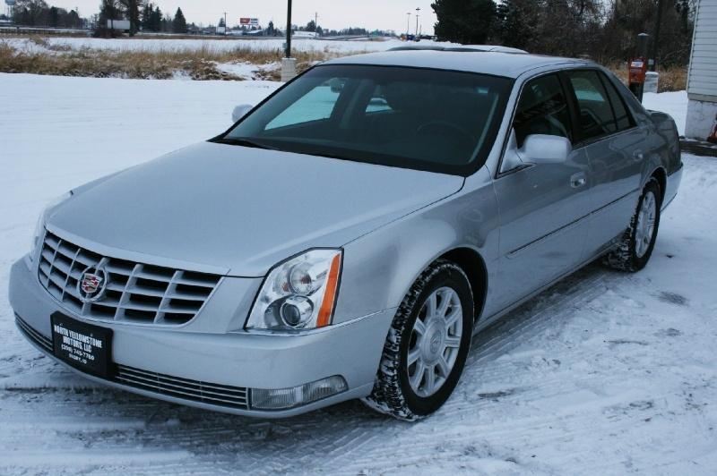 Cadillac DTS 2010 price $6,999