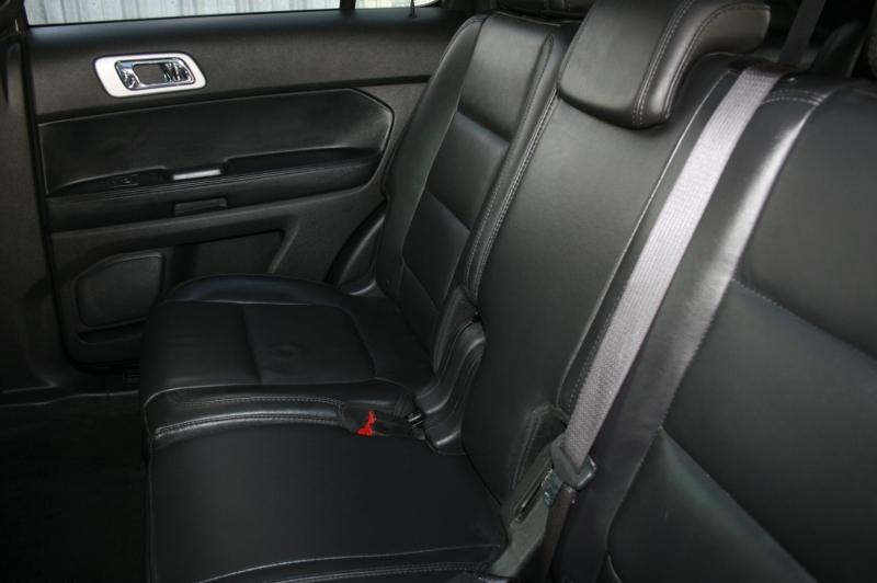 Ford Explorer 2015 price $18,999