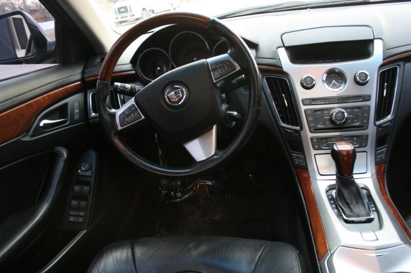 Cadillac CTS Sedan 2011 price $9,999