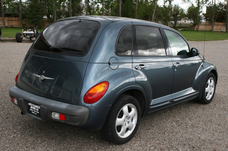Chrysler PT Cruiser 2002 price $2,499