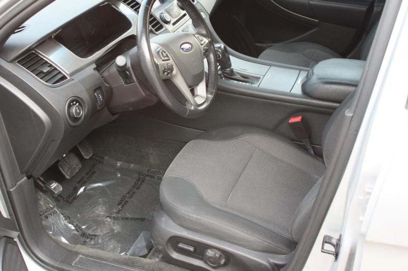 Ford Taurus 2013 price $7,999