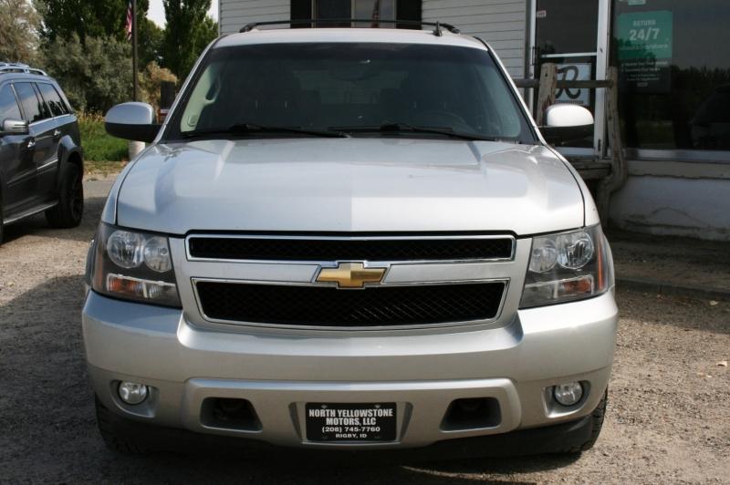 Chevrolet Suburban 2010 price $10,999