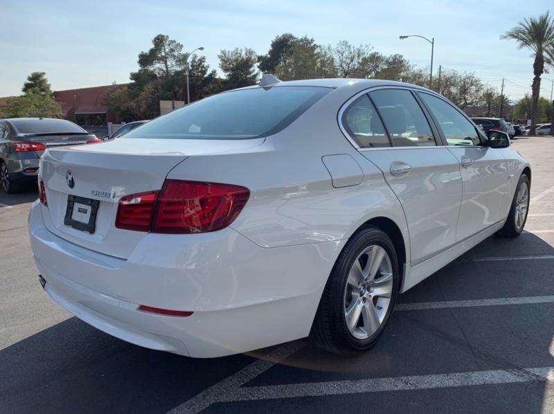 BMW 5-Series 2012 price $13,900