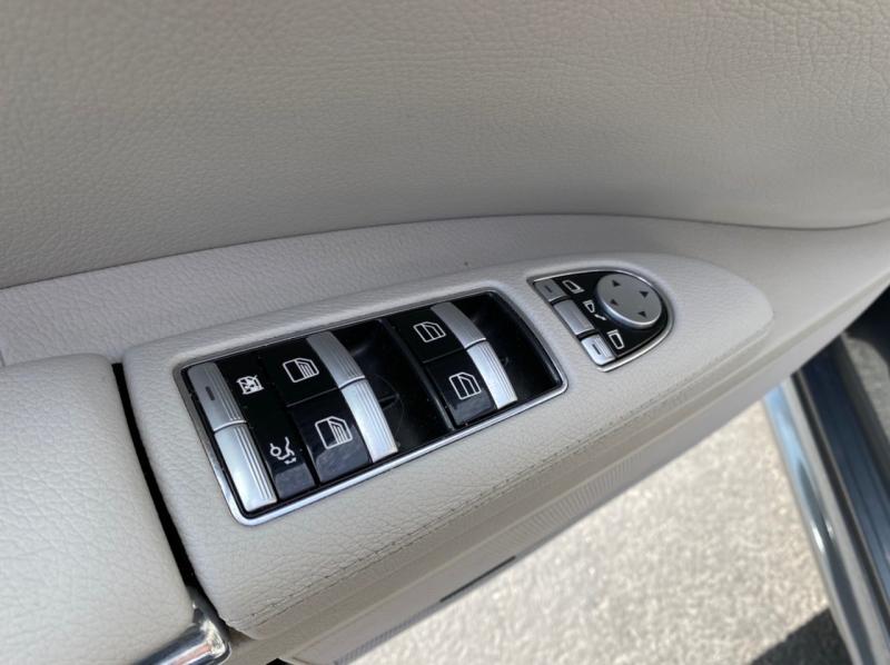 Mercedes-Benz S-Class 2010 price $17,900