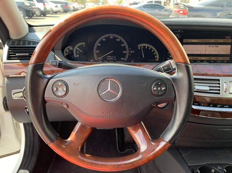 Mercedes-Benz S-Class 2009 price $12,900