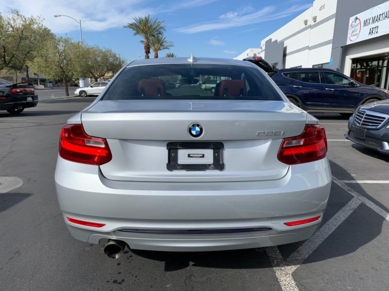 BMW 2 Series 2015 price $11,900