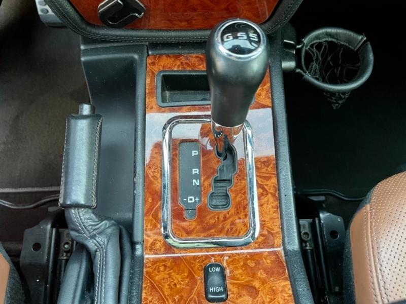 Mercedes-Benz G-Class 2010 price $57,900