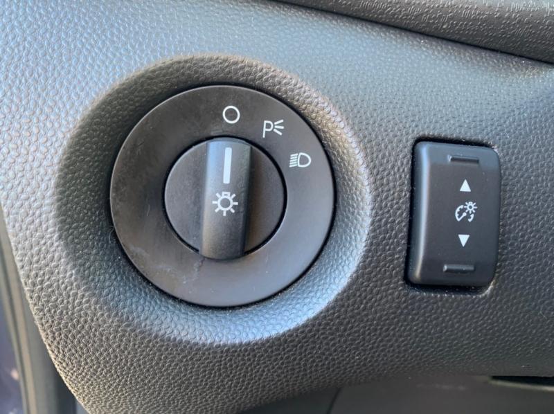 Ford Fiesta 2013 price $5,900
