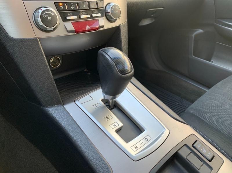 Subaru Legacy 2014 price $8,900