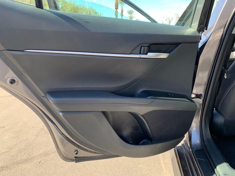 Toyota Camry 2018 price $19,900