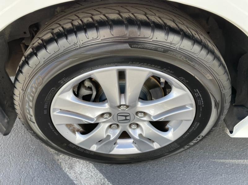 Honda Accord 2012 price $8,900