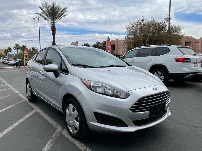 Ford Fiesta 2019 price $10,900