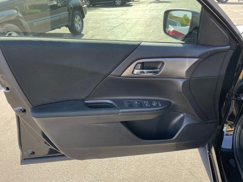 Honda Accord Sedan 2015 price $13,900