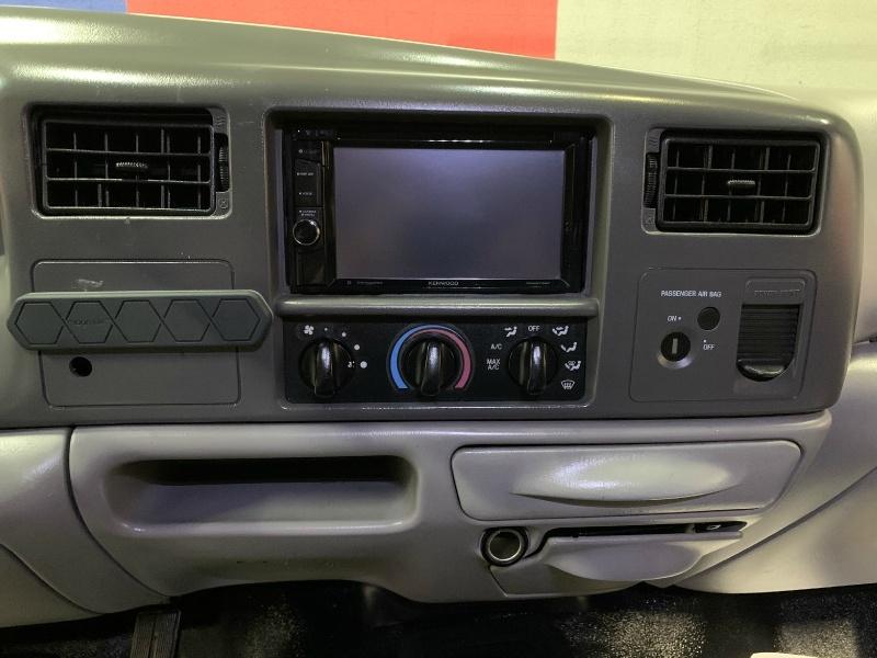 Ford Super Duty F-350 DRW 2000 price $14,995