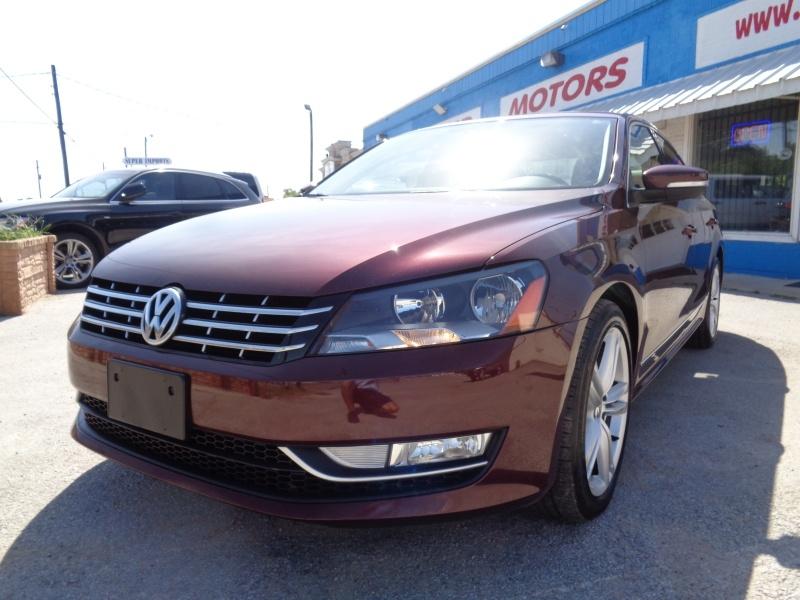 Volkswagen Passat 2014 price $9,497