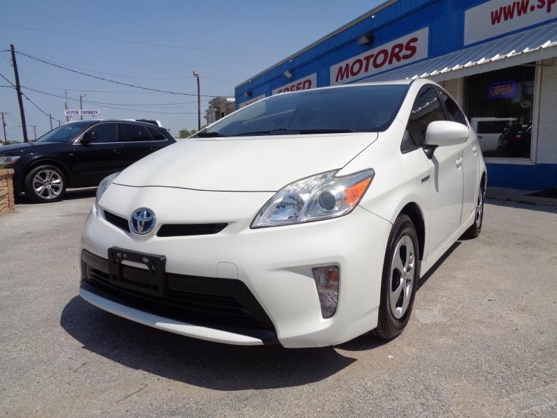 Toyota Prius 2013 price $10,497
