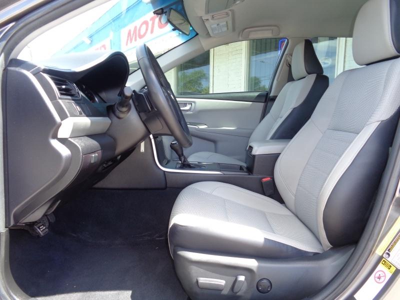 Toyota Camry 2017 price $14,497