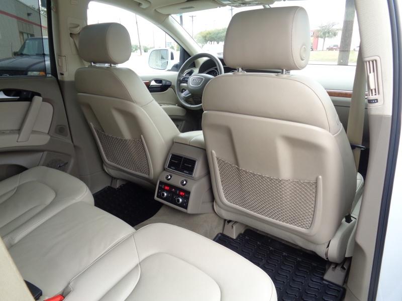 Audi Q7 2015 price $21,797