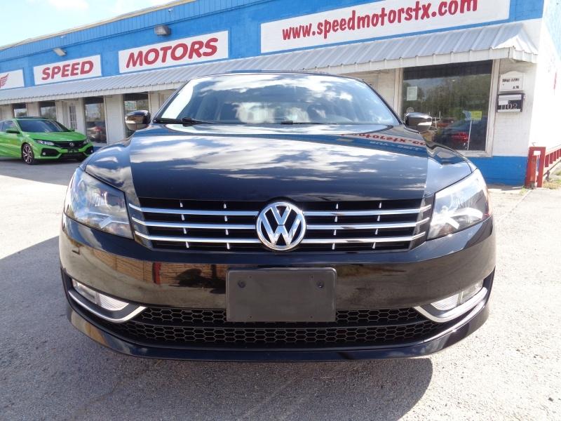 Volkswagen Passat 2014 price $11,997