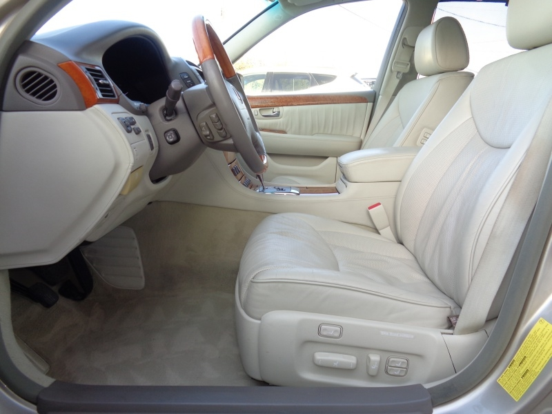 Lexus LS 430 2004 price $14,497