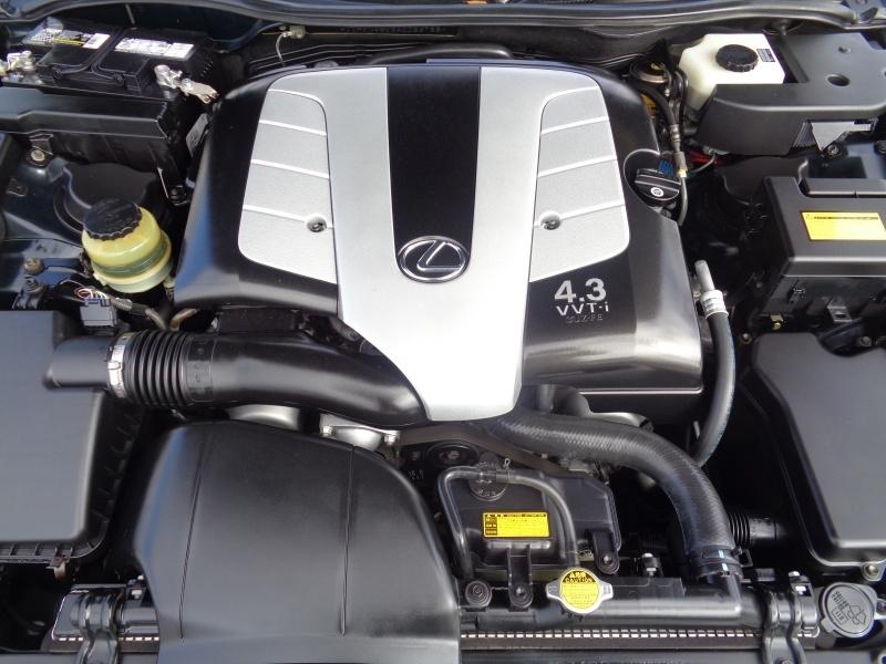 Lexus SC 430 2004 price $14,297