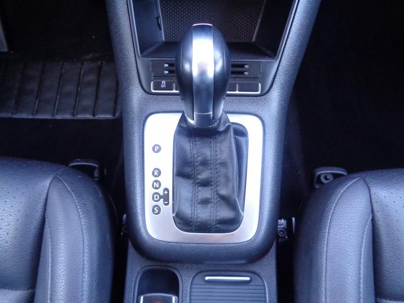 Volkswagen Tiguan 2012 price $10,497