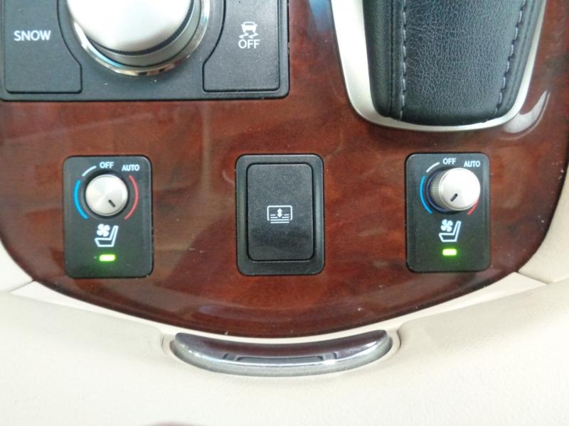 Lexus LS 460 2013 price $20,797