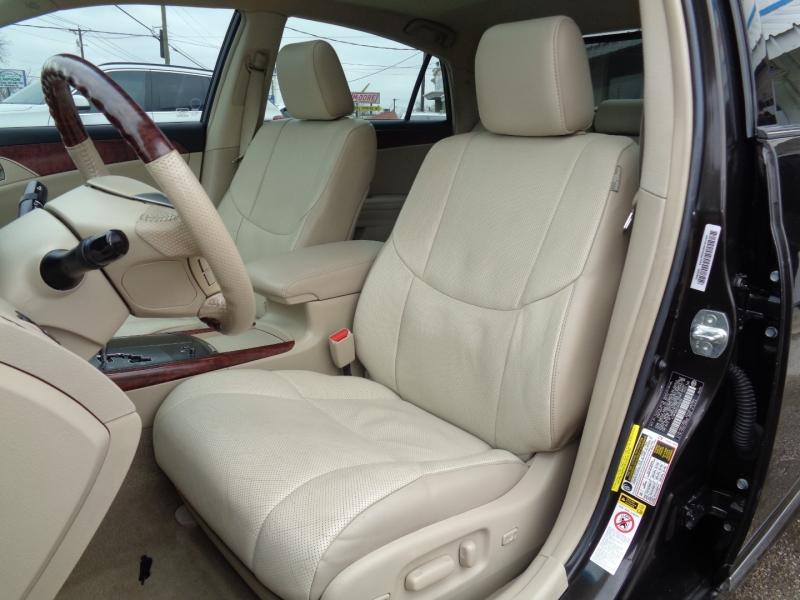 Toyota Avalon 2012 price $11,997