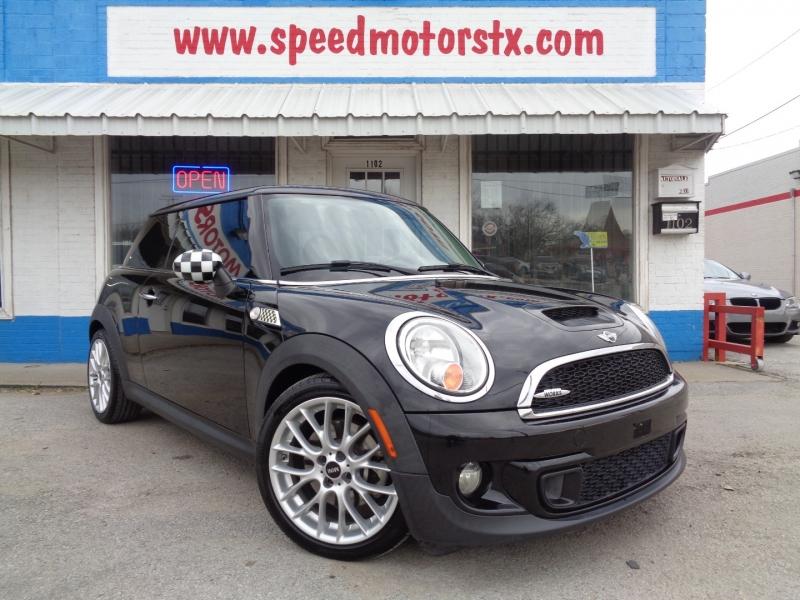 Mini Cooper Hardtop 2013 price $12,797
