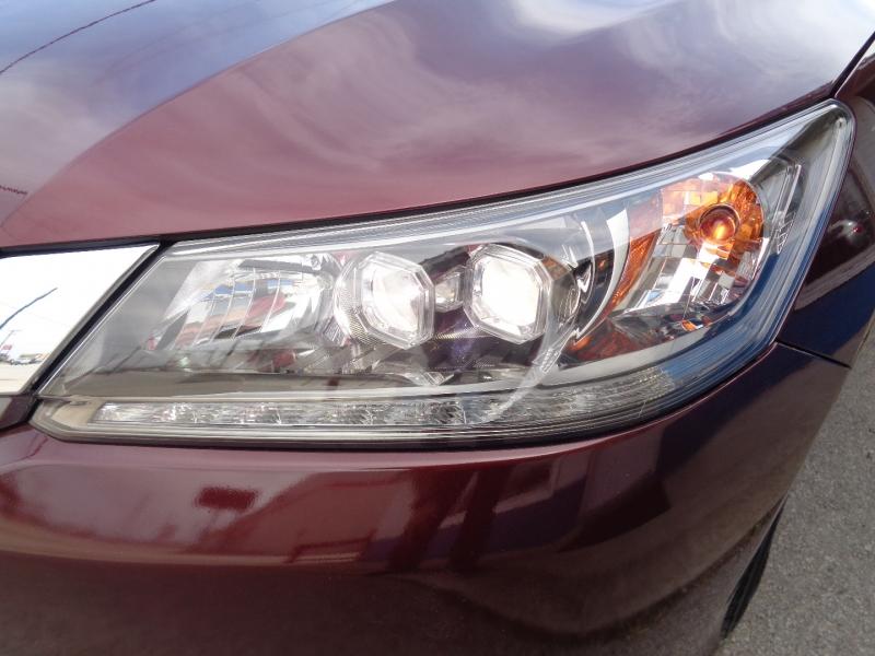 Honda Accord Sedan 2015 price $18,797