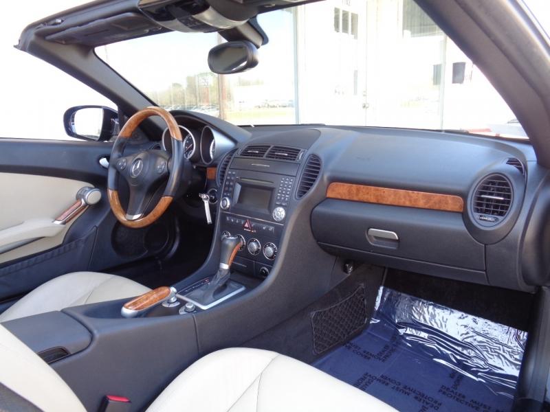 Mercedes-Benz SLK-Class 2009 price $15,797