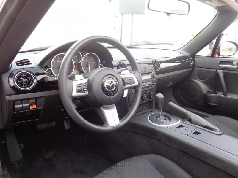 Mazda MX-5 Miata 2007 price $13,497