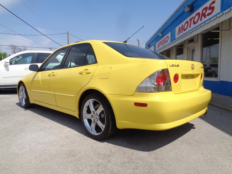 Lexus IS 300 2001 price $12,997