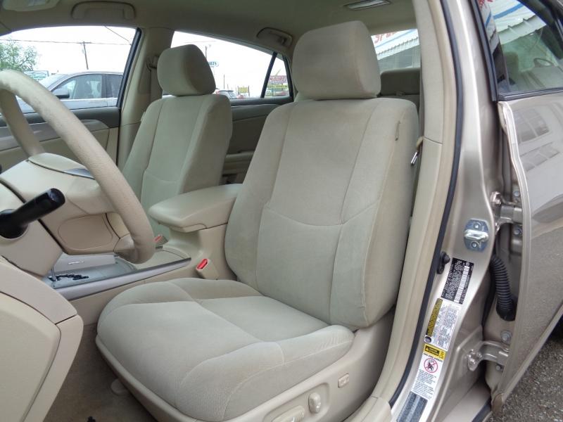 Toyota Avalon 2006 price $8,997