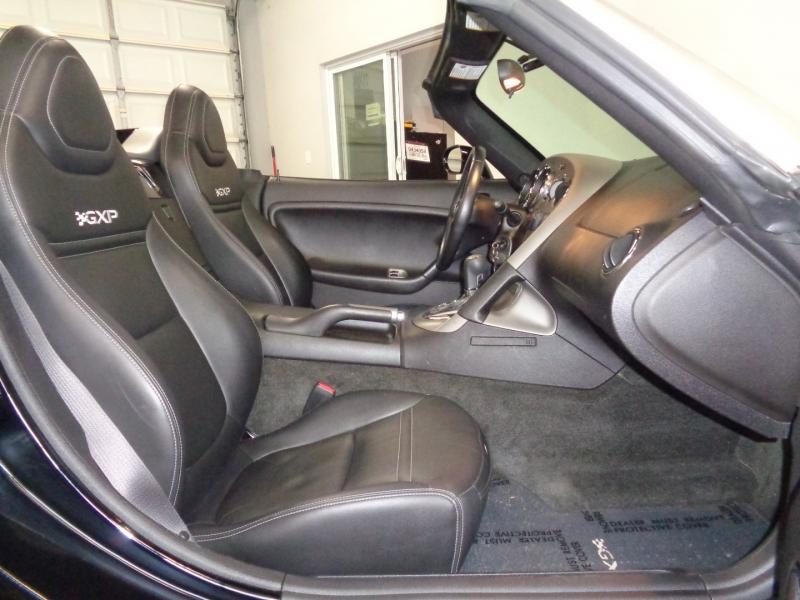 Pontiac Solstice 2007 price $14,997