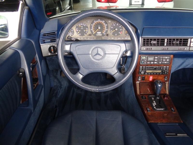 Mercedes-Benz SL Class 1995 price $14,997