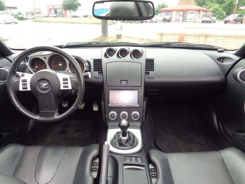 Nissan 350Z 2006 price $15,997