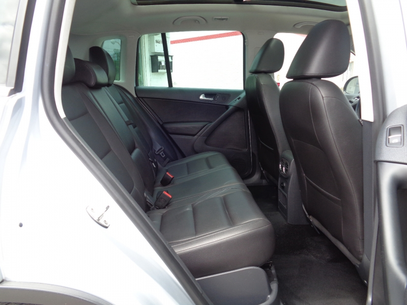 Volkswagen Tiguan 2013 price $14,497